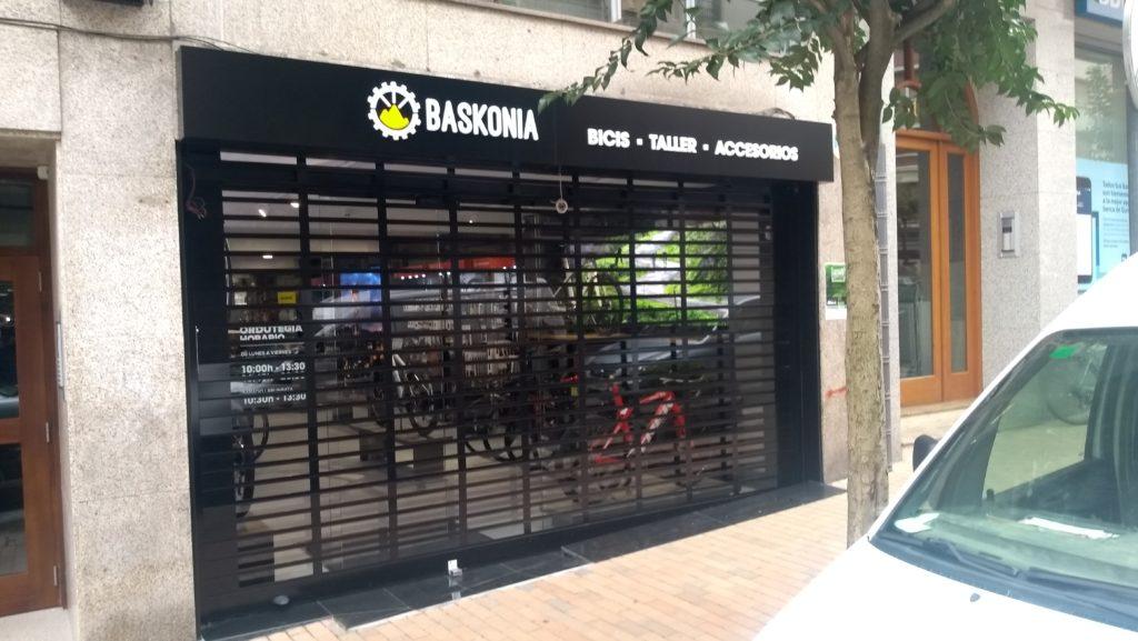 persianas de aluminio para locales en Vizcaya